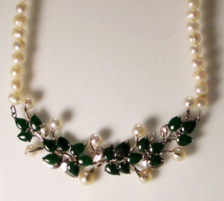 Jade and Pearls Necklace